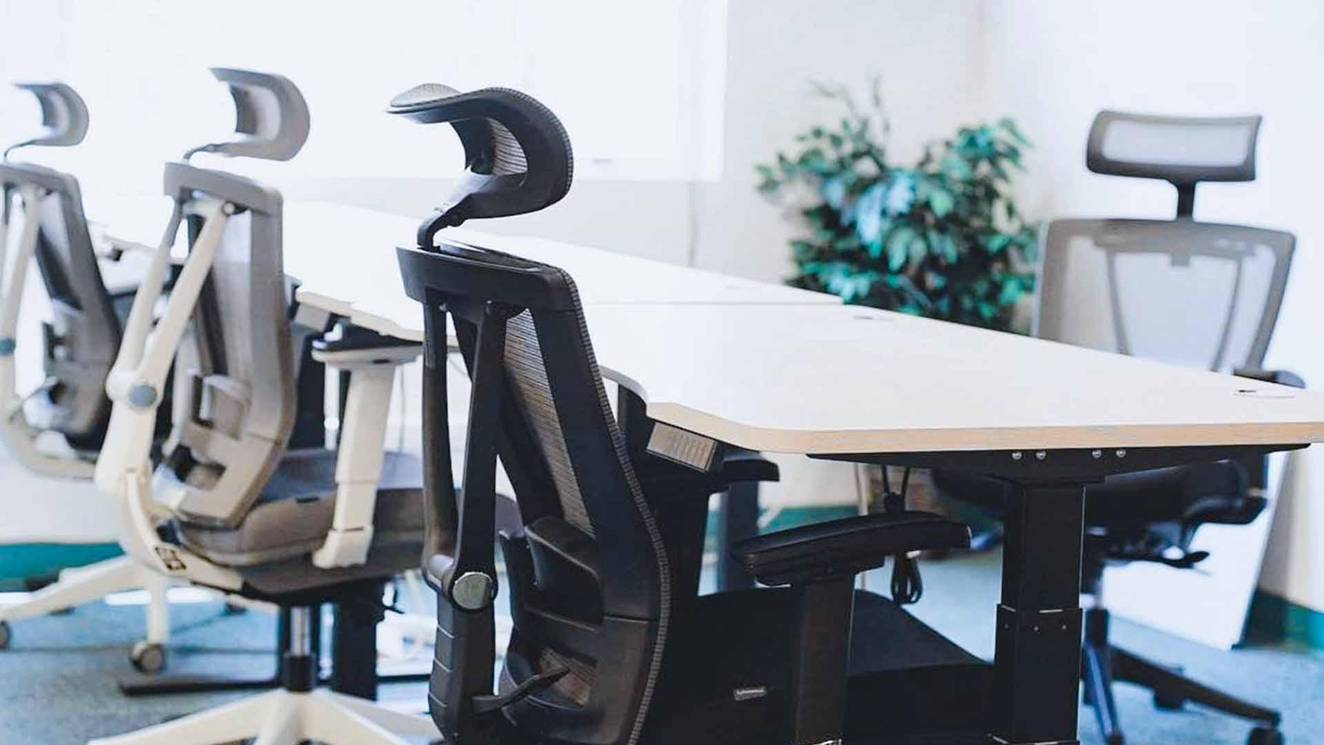 What make a ergonomic chair