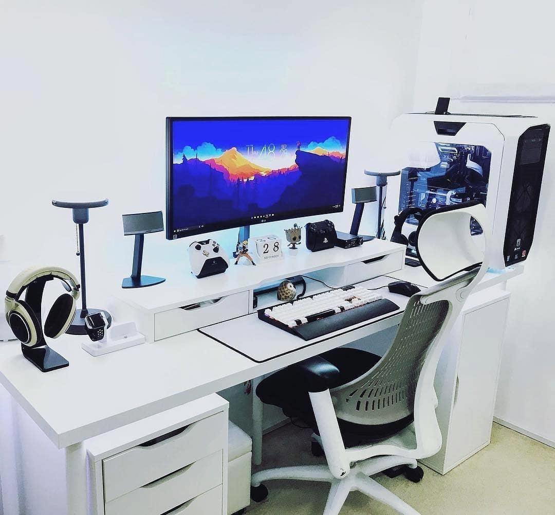 - How To Setup A Perfect Gaming Desk Standingdesktopper.com