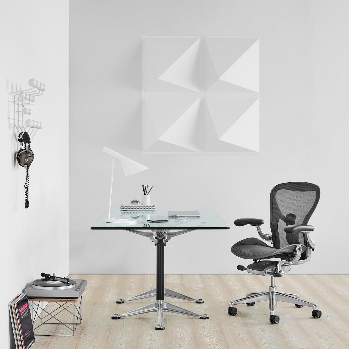 Drafting chairs - Herman Miller Aeron Chair standingdesktopper