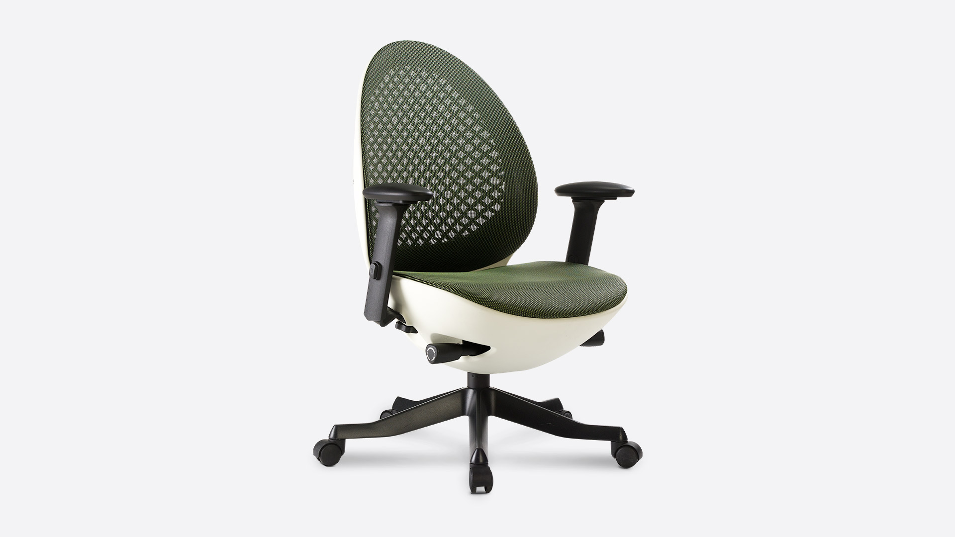 Does Your Child Have Trouble Focusing on Homework? Here's Why Ergonomic Chairs May Solve the Problem