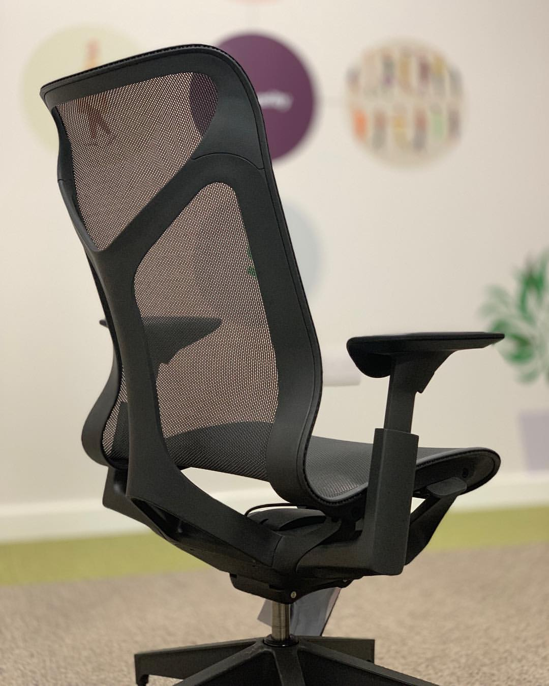 How to Choose an Office Chair for a Heavy Person