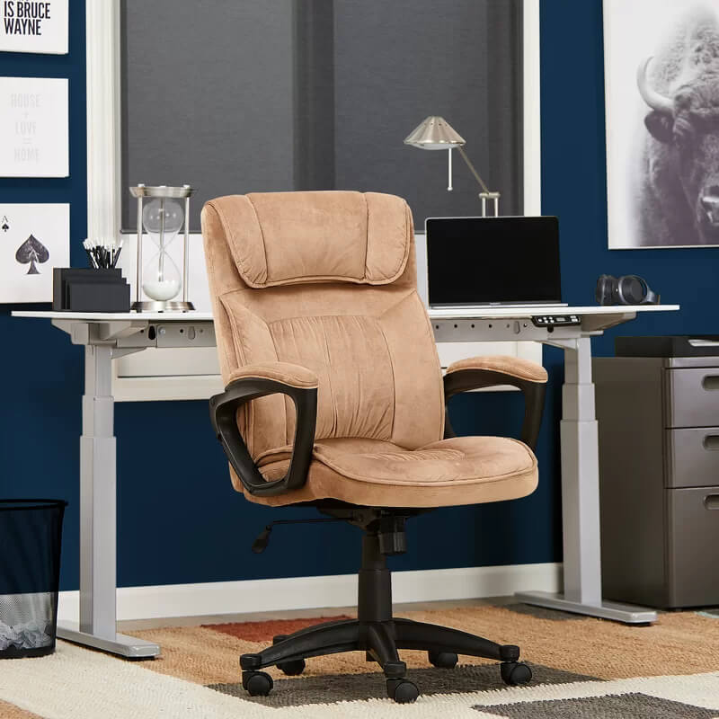 CYRUS-EXECUTIVE-CHAIR