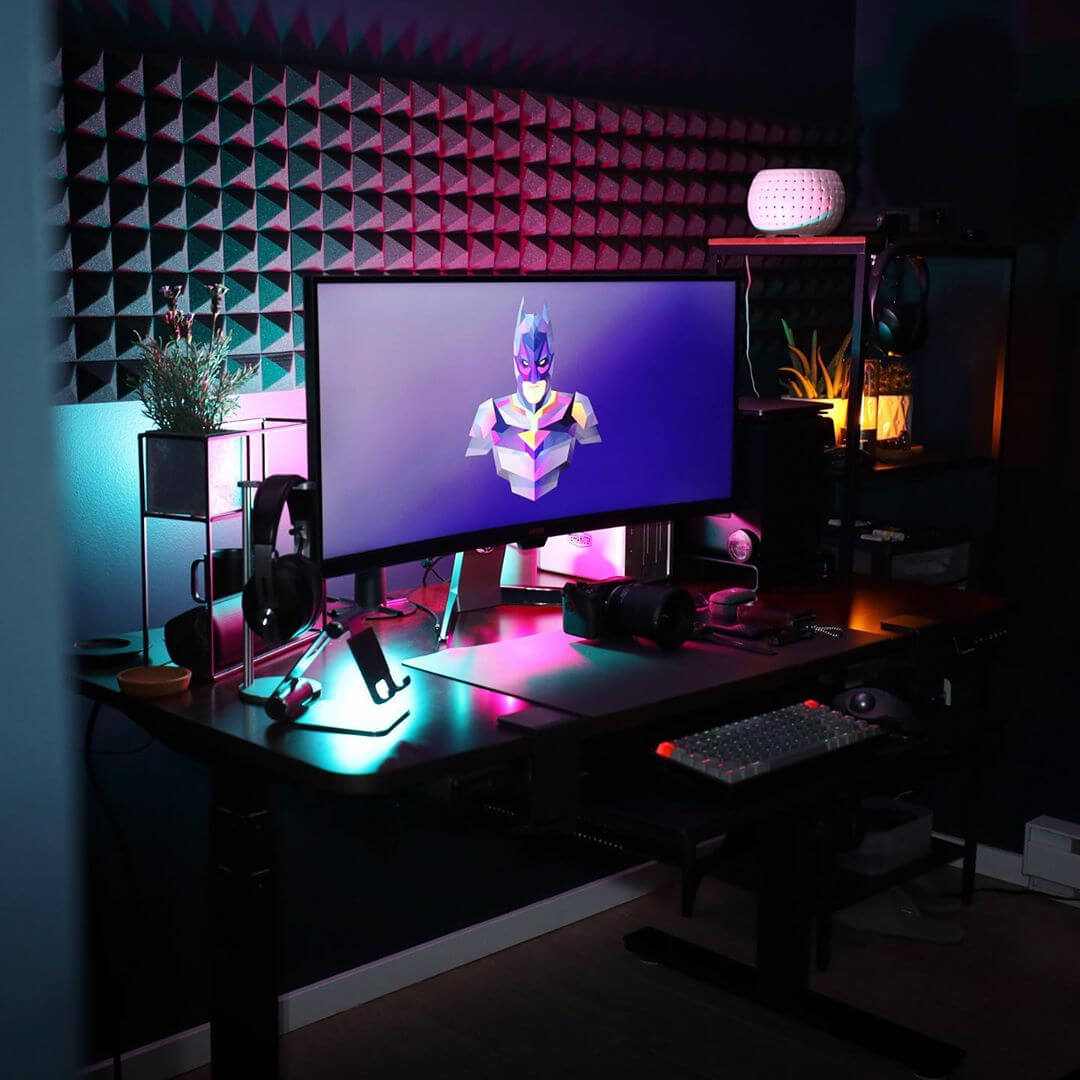 Gaming Desk Decorations by standingdesktopper