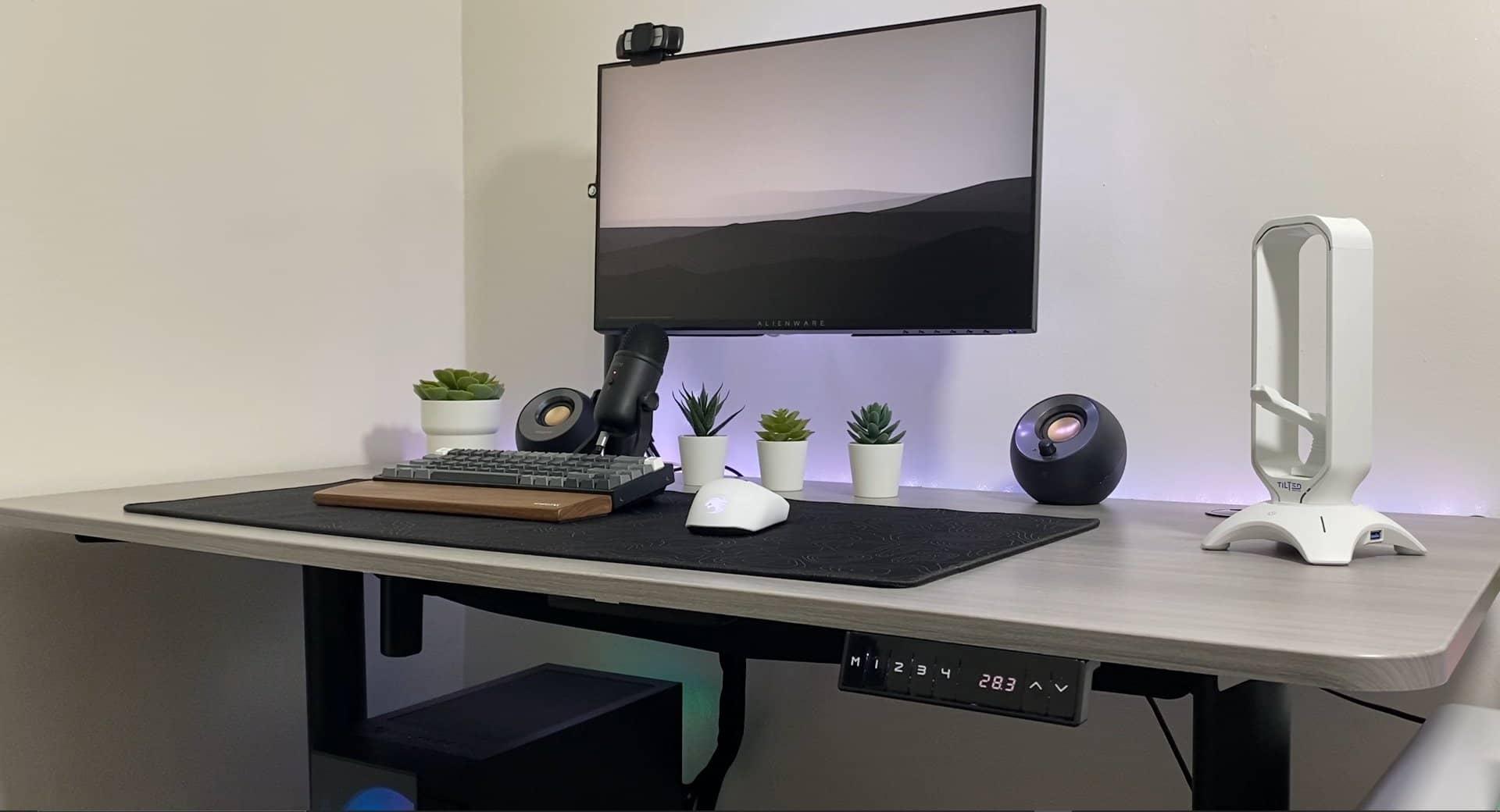 Apex Desk Elite vs Vortex standing desk review