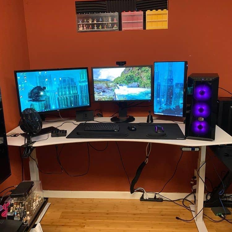 Apex Desk Elite