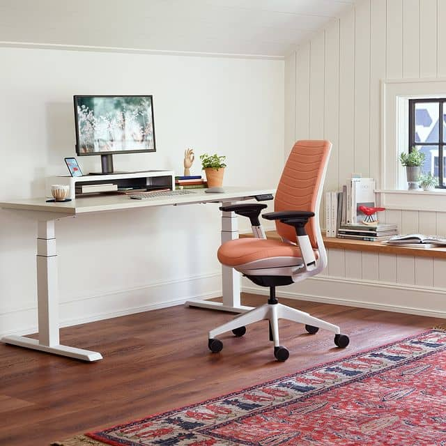 Steelcase Standing Desk review