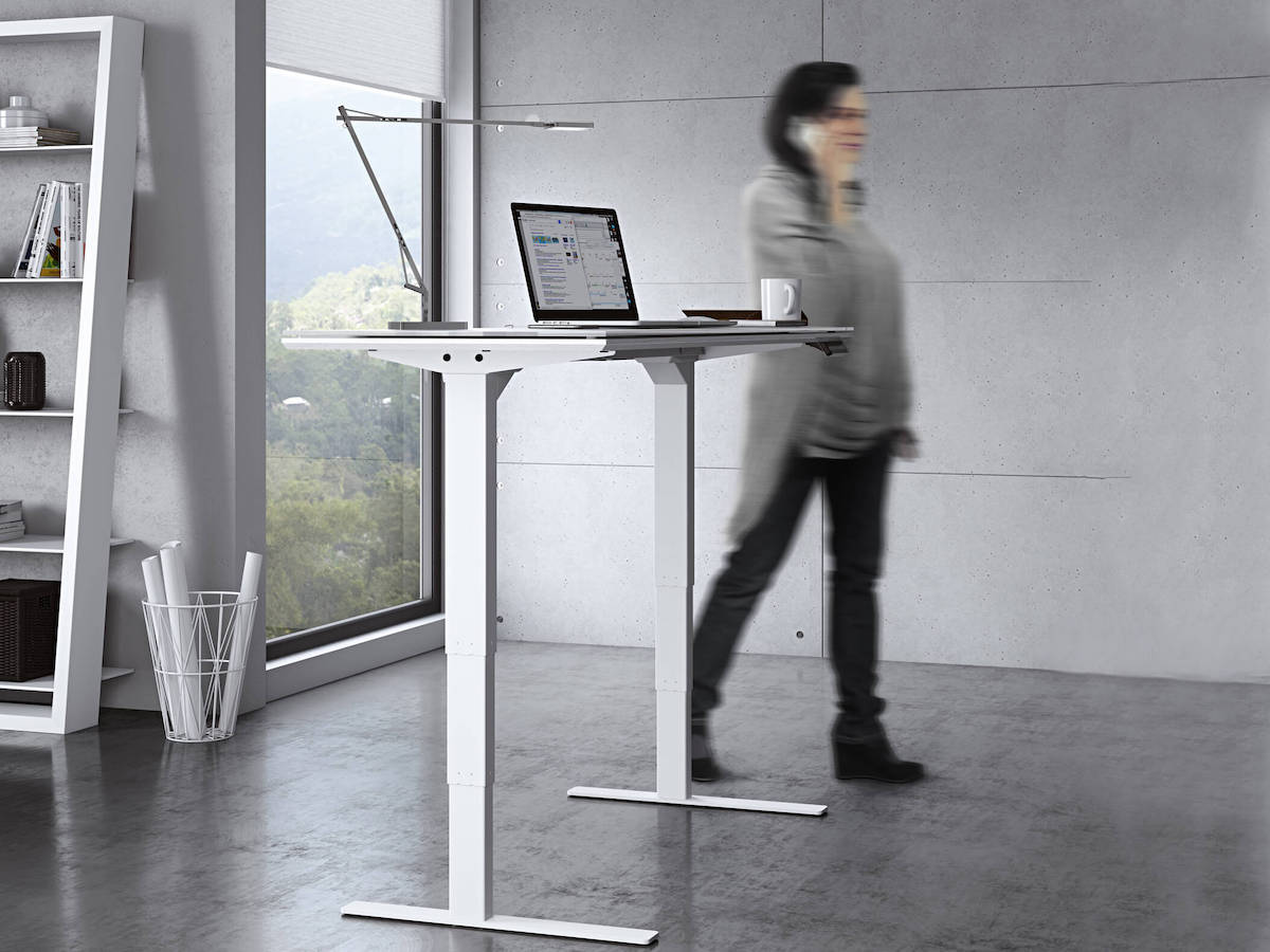 BDI Centro Lift Standing Desk - glass version