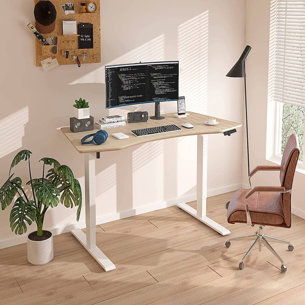 MAIDeSITe stand up desk
